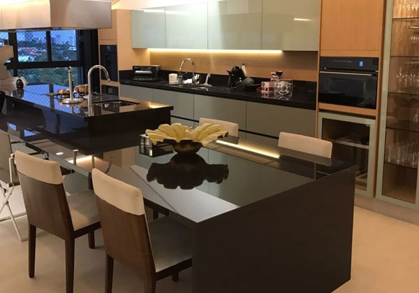 Dekton in a modern kitchen